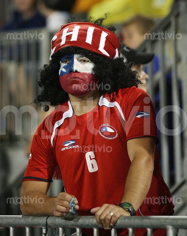 Fussball International U 20 WM Halbfinale Chile 0-3 Argentinien Enttaeuschung CHI Fan