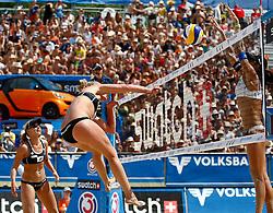 06-08-2011 VOLLEYBAL: FIVB WORLD TOUR GRANDSLAM: KLAGENFURT<br /> Marleen Van Iersel und Sanne Keizer (NED) und Talita Antunes (BRA)<br /> ©2011-FotoHoogendoorn.nl / Erwin Scheriau