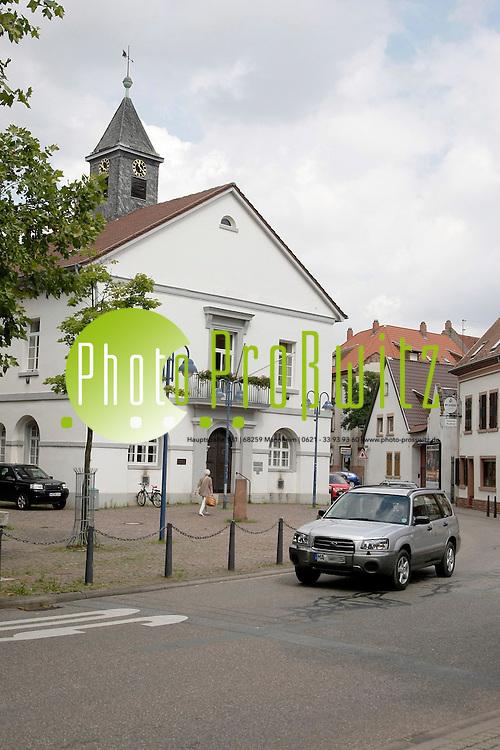 Mannheim. Historische Ansichten im Stadtteil.<br /> K&permil;fetal Altes Rathaus.<br /> Bild: Markus Proflwitz / masterpress /   *** Local Caption *** masterpress Mannheim - Pressefotoagentur<br /> Markus Proflwitz<br /> C8, 12-13<br /> 68159 MANNHEIM<br /> +49 621 33 93 93 60<br /> info@masterpress.org<br /> Dresdner Bank<br /> BLZ 67080050 / KTO 0650687000<br /> DE221362249