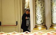 Roma 10 Febbraio 2013.Vittorio Sgarbi  si bacia nel salone del Westin Excelsior Hotel con una donna dopo il convegno dell'Avv. Alfonso Luigi Marra presenta il programma politico del PAS (Partito di Azione per lo Sviluppo - Fermiamo le Banche e le Tasse). .