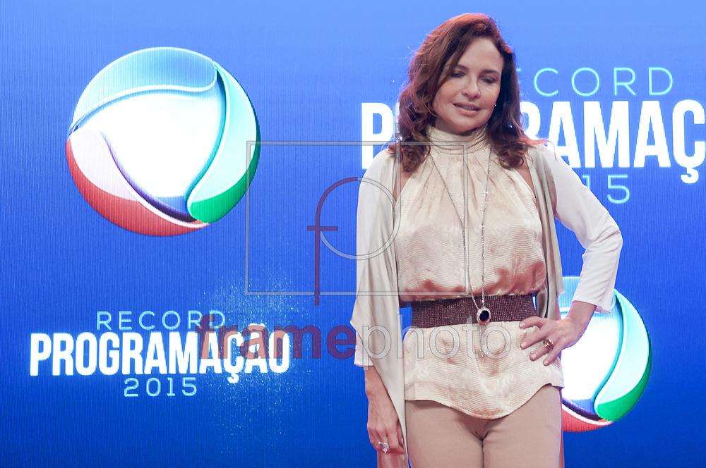 São Paulo (SP) 05/02/2015. Luiza Tomé - Durante coletiva de impresa na Record. RECORD PROGRAMAÇÃO 2015. Barra Funda. Foto: Fábio Guinalz/Frame