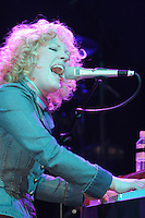 Aslyn performing at Irving Plaza on February 26, 2005
