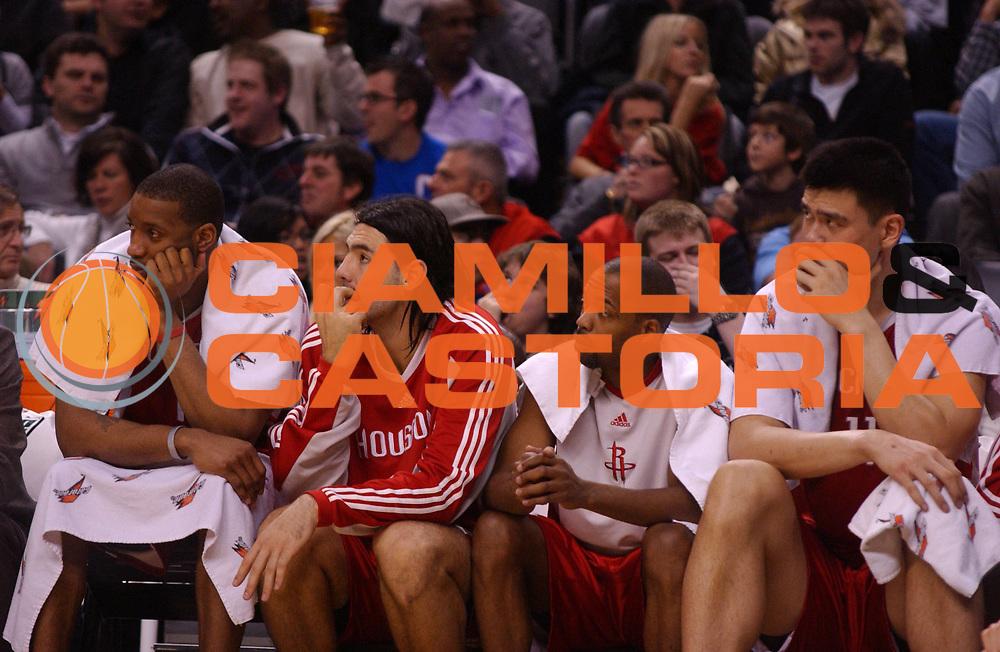 DESCRIZIONE : Toronto Campionato NBA 2008-2009 Toronto Raptors Houston Rockets<br /> GIOCATORE : Yao Ming Scola<br /> SQUADRA : Toronto Raptors Houston Rockets<br /> EVENTO : Campionato NBA 2008-2009 <br /> GARA : Toronto Raptors Houston Rockets<br /> DATA : 02/01/2009 <br /> CATEGORIA :<br /> SPORT : Pallacanestro <br /> AUTORE : Agenzia Ciamillo-Castoria/V.Keslassy<br /> Galleria : NBA 2008-2009<br /> Fotonotizia : Toronto Campionato NBA 2008-2009 Toronto Raptors Houston Rockets<br /> Predefinita :