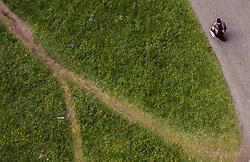 THEMENBILD - eine Arabische Frau auf einem Wanderweg am Hintersee, aufgenommen am 23. Juni 2019 in Mittersill, Österreich // an Arab woman on a hiking trail at the Hintersee, Mittersill, Austria on 2019/06/23. EXPA Pictures © 2019, PhotoCredit: EXPA/ JFK