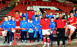 Members of Ashton Boys FC meet Bristol City players  at Ashton Gate - Mandatory by-line: Paul Knight/JMP - Mobile: 07966 386802 - 31/10/2015 -  FOOTBALL - Ashton Gate Stadium - Bristol, England -  Bristol City v Fulham - Sky Bet Championship