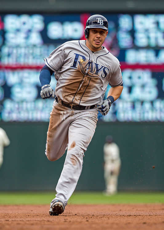 MINNEAPOLIS, MN- MAY 16: Asdrubal Cabrera #13 of the Tampa Bay Rays runs against the Minnesota Twins on May 16, 2015 at Target Field in Minneapolis, Minnesota. The Twins defeated the Rays 6-4. (Photo by Brace Hemmelgarn) *** Local Caption *** Asdrubal Cabrera