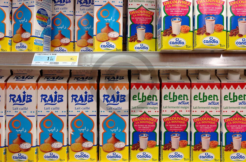 04/04/07 - DIJON - COTE D OR - FRANCE - Supermarche GEANT CASINO de CHENOVE. Rayon Halal, produits ethniques - Photo Jerome CHABANNE