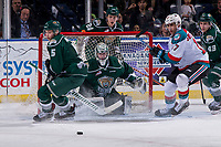 KELOWNA, BC - JANUARY 09: Dustin Wolf #32 of the Everett Silvertips makes a save against the Kelowna Rockets at Prospera Place on January 9, 2019 in Kelowna, Canada. (Photo by Marissa Baecker/Getty Images)