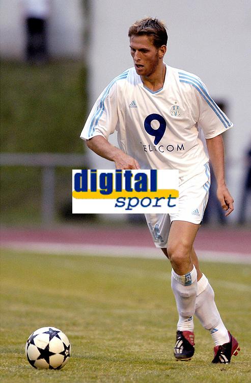 FOTBALL - SEASON 2003/2004 - FRIENDLY GAME - OLYMPIQUE DE MARSEILLE v SERVETTE GENEVE - 030702 - STEPAN VACHOUSEK (OM) - PHOTO PHILIPPE LAURENSON / DIGITALSPORT
