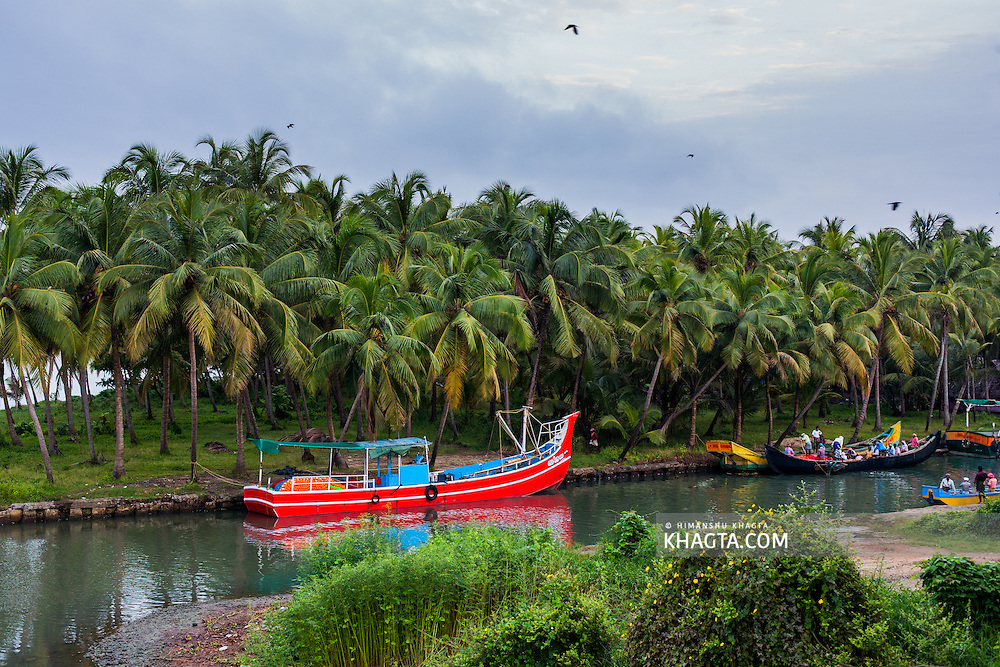 Boats at the coast of Kozhikode, Kerala