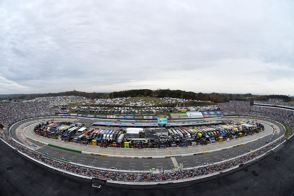 30 October - 1 November, 2015, Martinsville, Virginia USA<br /> Track overview atmosphere<br /> &copy;2015 Scott R LePage <br /> LAT Photo USA
