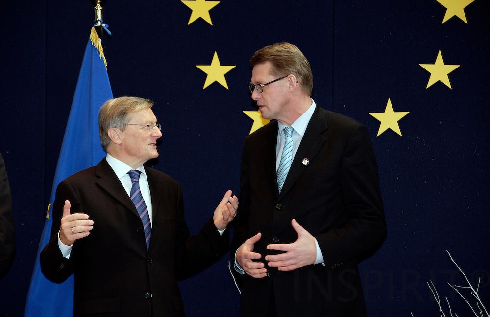 BRUSSELS - BELGIUM - 14 DECEMBER 2006 -- Prime Minister Matti Vanhanen welcomes the Austrian Prime Minister Wolfgang SCHUSSEL. EUP44     PHOTO: ERIK LUNTANG