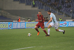 April 15, 2018 - Rome, Lazio, Italy - Radja Nainngolan versus Stefan De Vrij.at Stadio Olimpico of Roma. Lazio and Roma tied for 0-0 the ''derby della Capitale'' of Italian Serie A. (Credit Image: © Paolo Pizzi/Pacific Press via ZUMA Wire)