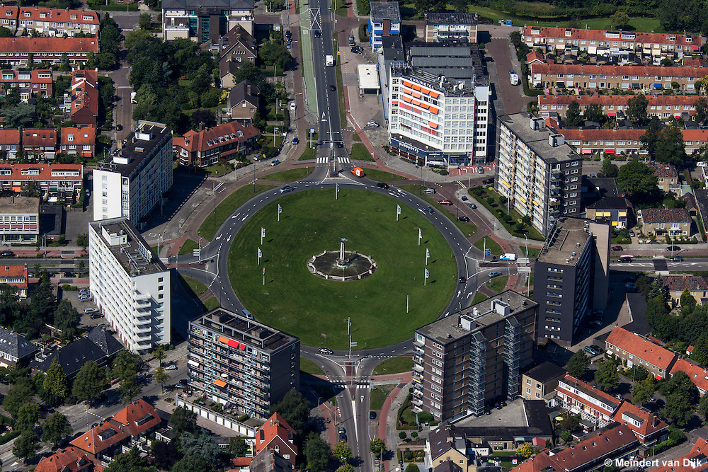 Luchtfoto van het Europaplein in Leeuwarden (2015)