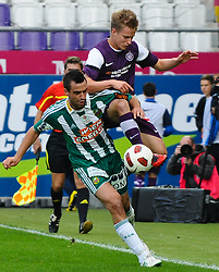 19.09.2010, Franz Horr Stadion, Wien, AUT, Stiegl Cup, Austria Amateure vs SK Rapid Wien, im Bild Zweikampf zwischen Andreas Dober, (SK Rapid Wien, #23) und David Oberortner, (Austria Amateure, #07), EXPA Pictures © 2010, PhotoCredit: EXPA/ M. Gruber / SPORTIDA PHOTO AGENCY