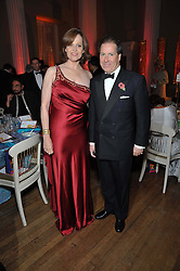 VISCOUNT LINLEY and SIGOURNEY WEAVER at the Royal Rajasthan Gala 2009 benefiting the Indian Head Injury Foundation held at The Banqueting House, Whitehall, London on 9th November 2009.