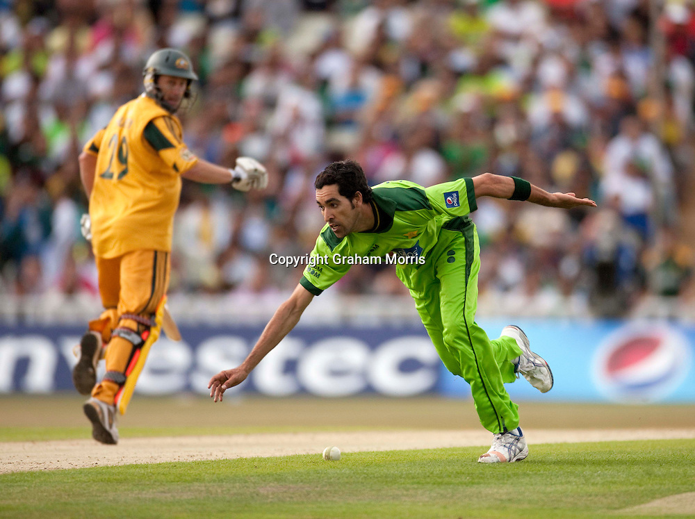Umar Gul fields during the first International T20 match between Australia and Pakistan at Edgbaston, Birmingham.  Photo: Graham Morris (Tel: +44(0)20 8969 4192 Email: sales@cricketpix.com) 05/07/10