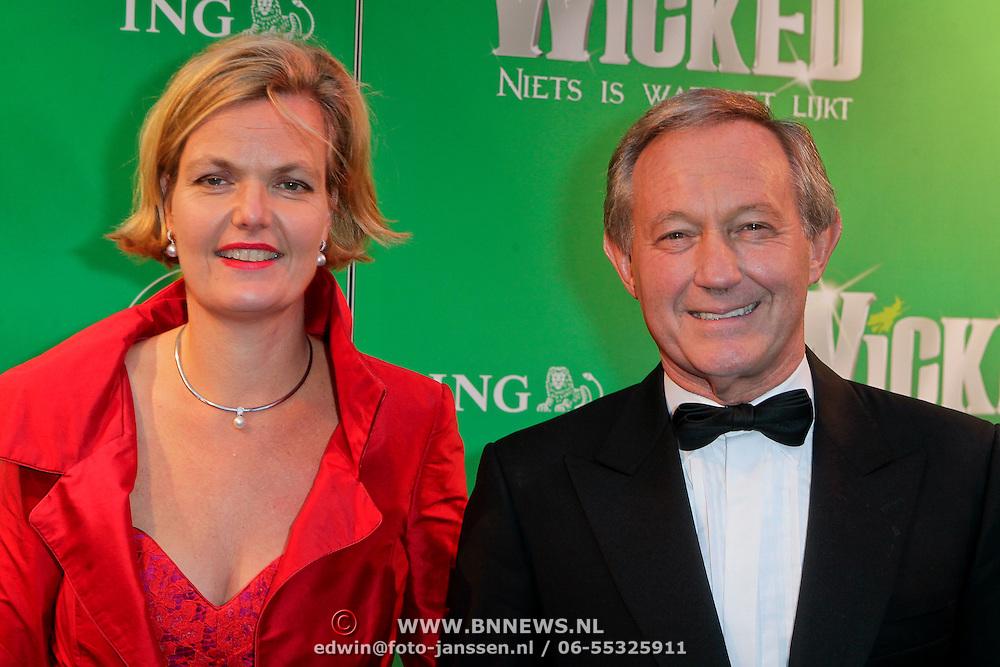NLD/Scheveningen/20111106 - Premiere musical Wicked, Frank Wentink en .............