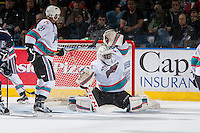 KELOWNA, CANADA - JANUARY 22: Michael Herringer #30 of Kelowna Rockets defends the net against the Tri City Americans on January 22, 2016 at Prospera Place in Kelowna, British Columbia, Canada.  (Photo by Marissa Baecker/Shoot the Breeze)  *** Local Caption *** Michael Herringer;