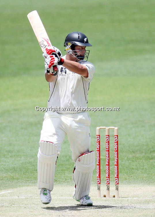 Jesse Ryder batting during day 2 of the first test match between Australia and New Zealand at the Gabba. Brisbane, Australia. Friday 21 November 2008. Pic: Andrew Cornaga/PHOTOSPORT