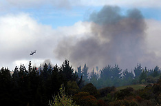Blenheim-Helicopters combat Wither Hills Valley bush fire