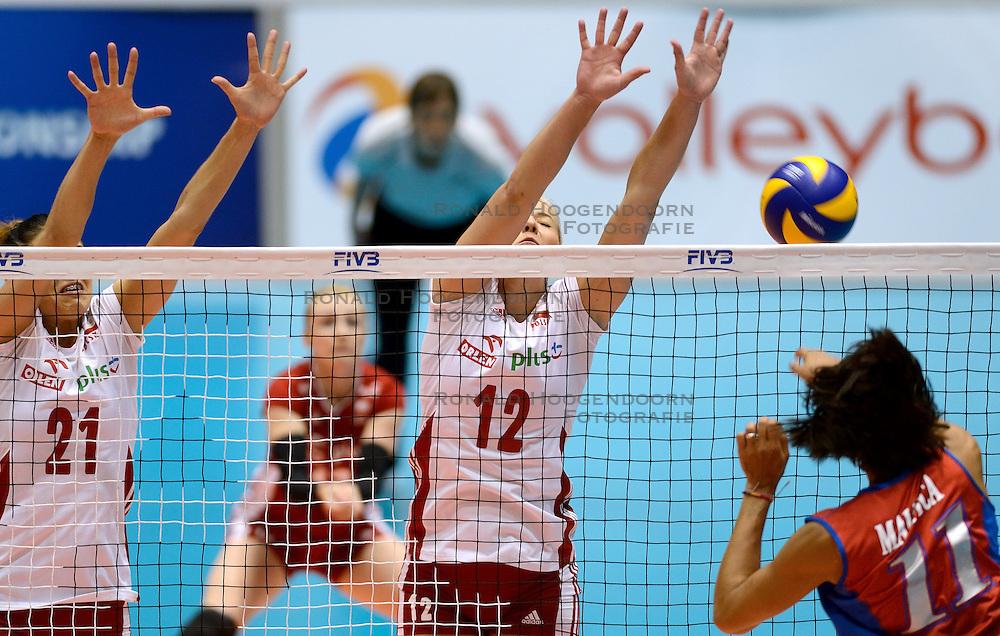 09-08-2014 NED: FIVB Grand Prix Puerto Rico - Polen, Doetinchem<br /> Aleksandra Sikorska, Izabela Kowalinska