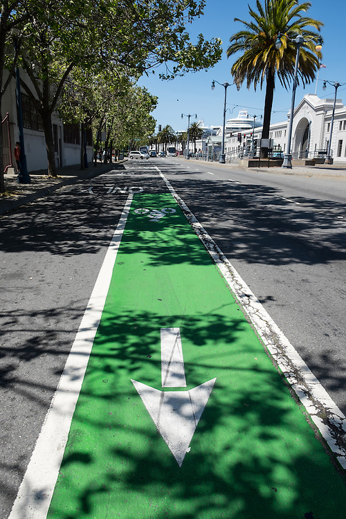 End of stretch of road near Battery & Lomabrd Streets where bike lane reappears after having disappered for one block | May 6, 2014