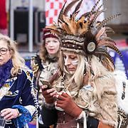 NLD/Eindhoven/20190302  - Romario bij carnavalsoptocht 2019 in Eindhoven, publiek verkleed in Carnavalskleding