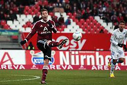 10.12.2011, easy Credit Stadion, Nuernberg, GER, 1.FBL, 1. FC Nürnberg/ Nuernberg vs TSG 1899 Hoffenheim, im Bild:Jens Hegeler (Nuernberg #13). // during the Match GER, 1.FBL, 1. FC Nürnberg/ Nuernberg vs TSG 1899 Hoffenheim on 2011/12/10, easy Credit Stadion, Nuernberg, Germany..EXPA Pictures © 2011, PhotoCredit: EXPA/ nph/ Will..***** ATTENTION - OUT OF GER, CRO *****