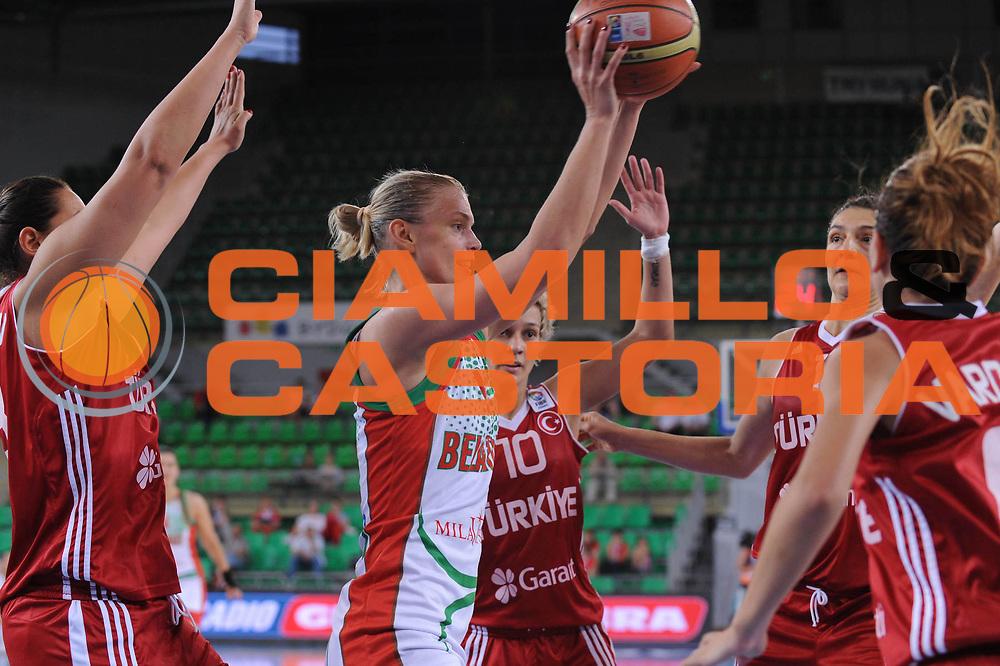 DESCRIZIONE : Bydgoszcz Poland Polonia Eurobasket Women 2011 Round 2 Bielorussia Turchia Belarus Turkey<br /> GIOCATORE : tatiana troina<br /> SQUADRA : Bielorussia Belarus<br /> EVENTO : Eurobasket Women 2011 Campionati Europei Donne 2011<br /> GARA : Bielorussia Turchia Belarus Turkey<br /> DATA : 27/06/2011 <br /> CATEGORIA : <br /> SPORT : Pallacanestro <br /> AUTORE : Agenzia Ciamillo-Castoria/M.Marchi<br /> Galleria : Eurobasket Women 2011<br /> Fotonotizia : Bydgoszcz Poland Polonia Eurobasket Women 2011 Round 2 Bielorussia Turchia Belarus Turkey<br /> Predefinita :