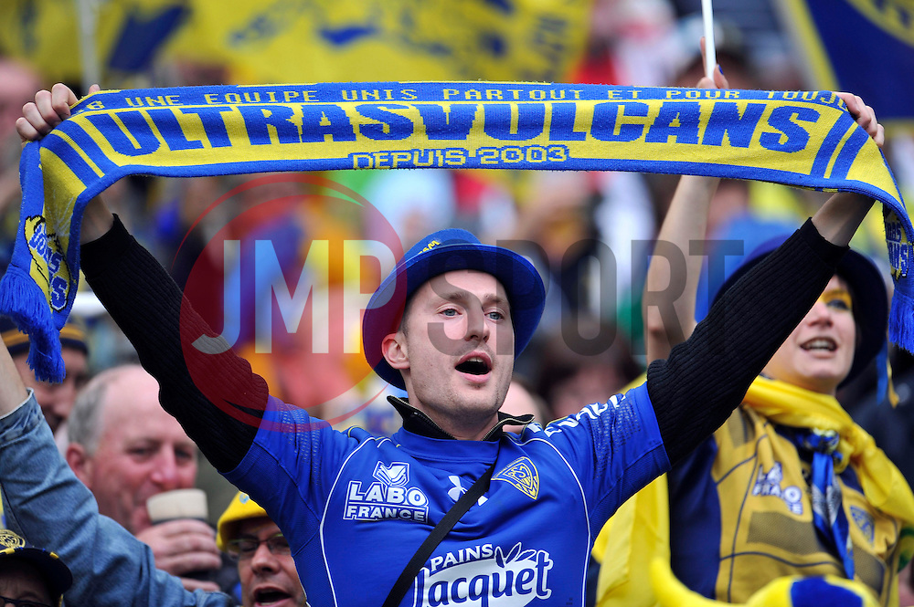 A Clermont Auvergne fan in the crowd shows his support - Photo mandatory by-line: Patrick Khachfe/JMP - Mobile: 07966 386802 02/05/2015 - SPORT - RUGBY UNION - London - Twickenham Stadium - ASM Clermont Auvergne v RC Toulon - European Rugby Champions Cup Final