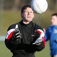 St Johnstone Training...10.01.03    Alan Main still at St Johnstone despite all the rumours enjoys training this morning in the bitter cold<br />