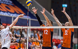 05-06-2016 NED: Nederland - Duitsland, Doetinchem<br /> Nederland speelt de laatste oefenwedstrijd ook in  Doetinchem en speelt gelijk 2-2 in een redelijk duel van beide kanten / Kay van Dijk #12, Jasper Diefenbach #6