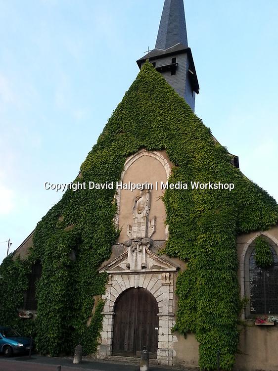 Saint-Ythier Collegiate Church, Sully-sur-Loire