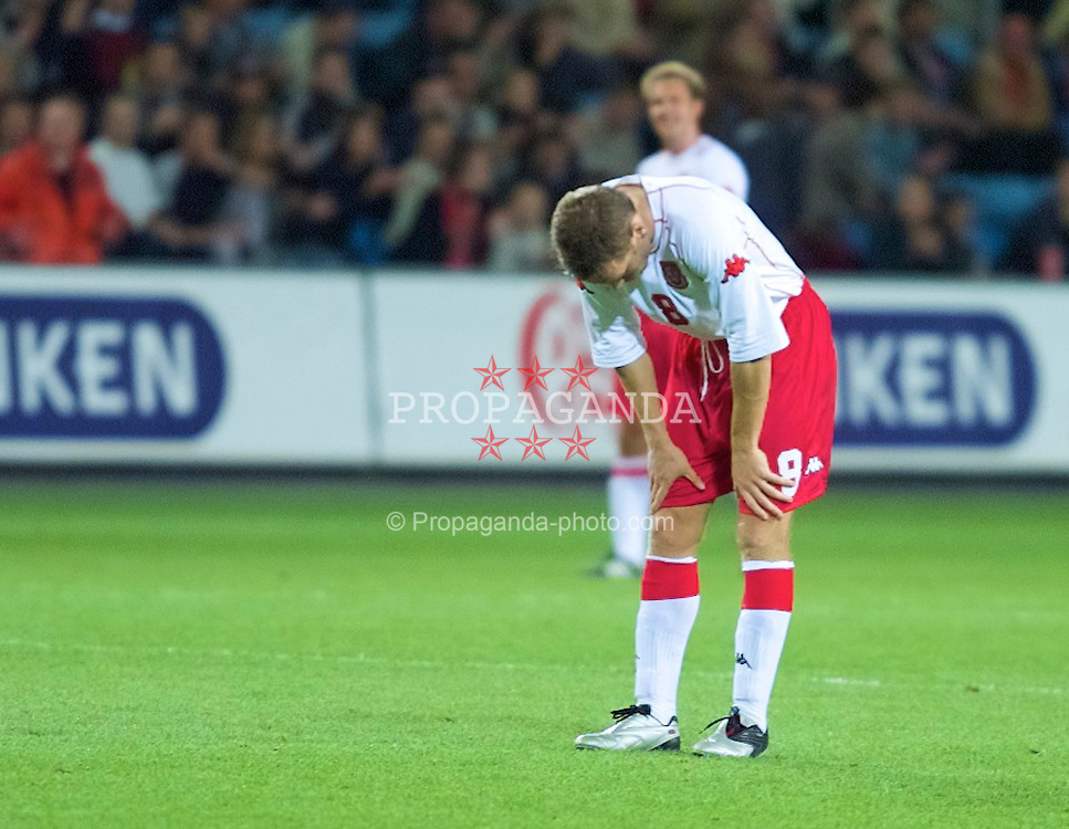 OSLO, NORWAY - Wednesday, September 5, 2001: Wales' Craig Bellamy looks dejected after his side lose 3-2 to Norway during the FIFA World Cup 2002 Qualifying Group 5 match at the Ullevaal Stadion. (Pic by David Rawcliffe/Propaganda)