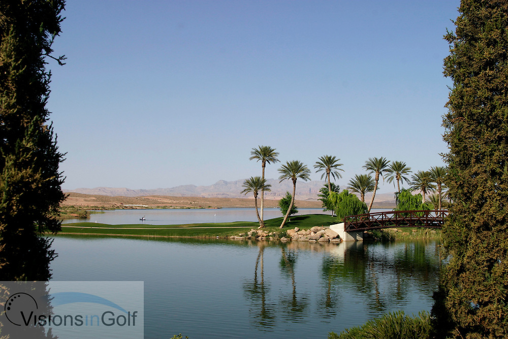The fabulous par three 8th at Relection bay Lake las Vegas shot from the grounds of the Hyatt Hotel<br /> Las vegas, NV, USA<br /> Photo Credit: Charles Briscoe-Knight / visionsIngolf.com