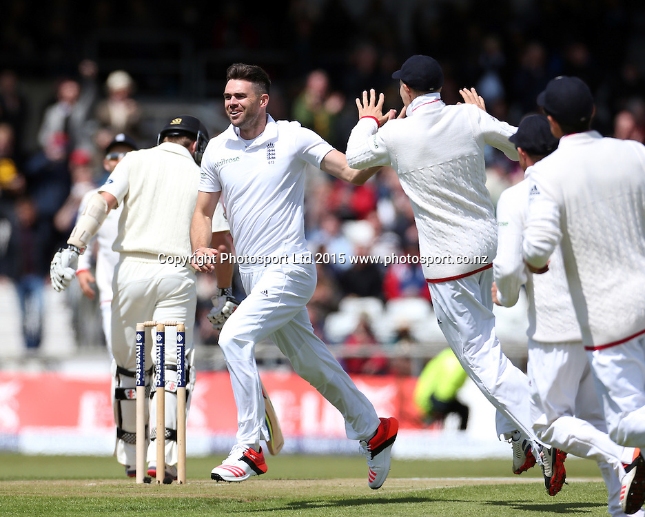 Bowler James Anderson celebrates his 401st Test wicket (Kane Williamson) during the second Investec Test Match between England and New Zealand at Headingley, Leeds. Photo: Graham Morris/www.photosport.co.nz