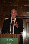 EDDIE BUTLER, An evening of entertainment at St James Court in support of the redevelopment of St Fagans National History Museum. In the spirit of the court of Llywelyn the Great . St. James Court Hotel. London. 17 September 2015<br />  <br /> Noson o adloniant yn St James Court i gefnogi ail-ddatblygiad Sain Ffagan Amgueddfa Werin Cymru