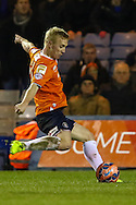 Mark Cullen of Luton Town goes close with a first half shot during the The FA Cup match at Kenilworth Road, Luton<br /> Picture by David Horn/Focus Images Ltd +44 7545 970036<br /> 16/12/2014