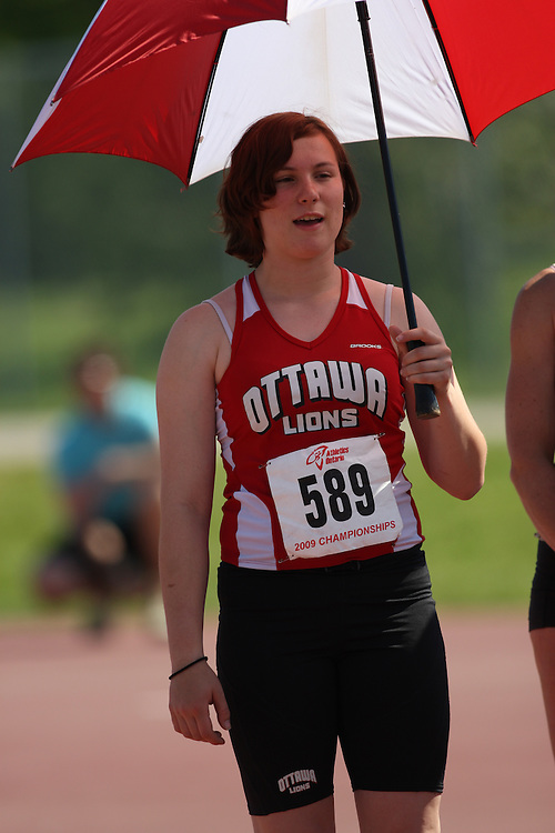 (London, Ontario---14/06/09)   Eilish MacDonald of Ottawa Lions T.F.C. competes in the  shot put at the 2009 Athletics Ontario Junior Track and Field Championships. The meet was held in London, Ontario from June 13-14, 2009. Copyright photograph Sean Burges / Mundo Sport Images, 2009. www.mundosportimages.com / www.msievents.