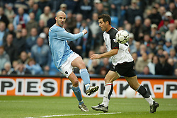 MANCHESTER, ENGLAND - Saturday, March 27, 2004: Manchester City's Antoine Sibierski misses an easy chance against Fulham during the Premiership match at the City of Manchester Stadium. (Pic by David Rawcliffe/Propaganda)
