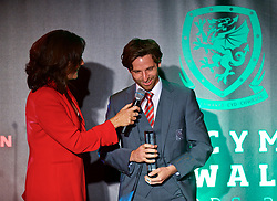 CARDIFF, WALES - Monday, October 2, 2017: Joe Allen is interviewed on stage by Francis Donovan after winning the FAW Fans' Player of the Year Award during the FAW Awards Dinner at the Hensol Castle. (Pic by David Rawcliffe/Propaganda)