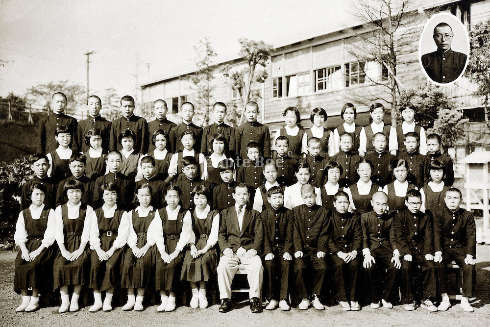 junior high school children group photo 1958 Japan