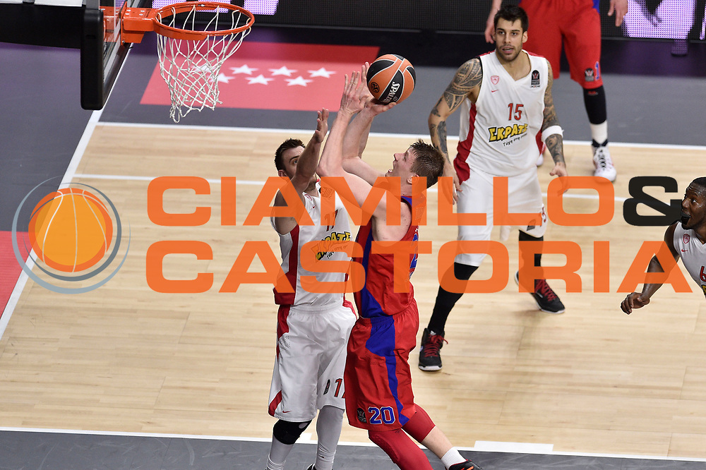 DESCRIZIONE : Madrid Eurolega Euroleague 2014-15 Final Four Semifinal Semifinale Cska Moscow Olympiacos Piraeus Athens Cska Mosca Olympiacos Atene <br /> GIOCATORE : Andrey Vorontsevich<br /> SQUADRA : CSKA Mosca<br /> CATEGORIA : tiro<br /> EVENTO : Eurolega 2014-2015<br /> GARA : Cska Mosca Olympiacos Atene<br /> DATA : 15/05/2015<br /> SPORT : Pallacanestro<br /> AUTORE : Agenzia Ciamillo-Castoria/GiulioCiamillo<br /> Galleria : Eurolega 2014-2015<br /> DESCRIZIONE : Madrid Eurolega Euroleague 2014-15 Final Four Semifinal Semifinale Cska Moscow Olympiacos Piraeus Athens Cska Mosca Olympiacos