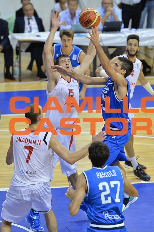 DESCRIZIONE : Bellinzona Qualificazione Eurobasket 2015 Qualifying Round Eurobasket 2015 Svizzera Italia Switzerland Italy <br /> GIOCATORE : Andrea Cinciarini<br /> CATEGORIA : Tiro<br /> EVENTO : Bellinzona Qualificazione Eurobasket 2015 Qualifying Round Eurobasket 2015 Svizzera Italia Switzerland Italy <br /> GARA : Svizzera Italia Switzerland Italy <br /> DATA : 27/08/2014 <br /> SPORT : Pallacanestro <br /> AUTORE : Agenzia Ciamillo-Castoria/Mancini Ivan<br /> Galleria: Fip Nazionali 2014 Fotonotizia: Bellinzona Qualificazione Eurobasket 2015 Qualifying Round Eurobasket 2015 Svizzera Italia Switzerland Italy <br /> Predefinita :