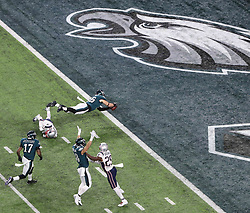 February 4, 2018 - Minneapolis, CA - Super Bowl Eagles wins 41-33 over Patriots..Philadelphia Eagles tight end Zach Ertz (86) scores at U.S. Bank Stadium on Sunday, Feb. 4, 2018 in Minneapolis, CA (Credit Image: © Paul Kuroda via ZUMA Wire)