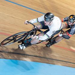 27-12-2019: Wielrennen: NK Baan: Alkmaar <br />Harry Lavreysen wint de eerste rit in de kwart finale van Sam Ligtlee
