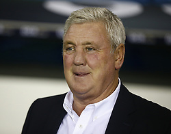 February 12, 2019 - London, England, United Kingdom - Sheffield Wednesday manager Steve Bruce .during Sky Bet Championship match between Millwall and Sheffield Wednesday at The Den Ground, London on 12 Feb 2019. (Credit Image: © Action Foto Sport/NurPhoto via ZUMA Press)