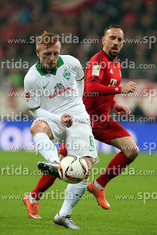 12.03.2016, Allianz Arena, Muenchen, GER, 1. FBL, FC Bayern Muenchen vs SV Werder Bremen, 26. Runde, im Bild Laszlo Kleinheisler (SV Werder Bremen) Franck Ribery (FC Bayern Muenchen), // during the German Bundesliga 26th round match between FC Bayern Munich and SV Werder Bremen at the Allianz Arena in Muenchen, Germany on 2016/03/12. EXPA Pictures &copy; 2016, PhotoCredit: EXPA/ Eibner-Pressefoto/ Langer<br /> <br /> *****ATTENTION - OUT of GER*****