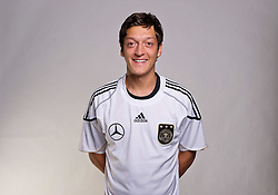 02.06.2010, Commerzbank-Arena, Frankfurt, GER, FIFA Worldcup, Spielerportraits, im Bild Mesut Özil / Oezil ( Werder Bremen #08 ) EXPA Pictures © 2010, PhotoCredit: EXPA/ nph/  Kokenge / SPORTIDA PHOTO AGENCY